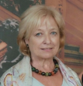 Núria Vilà